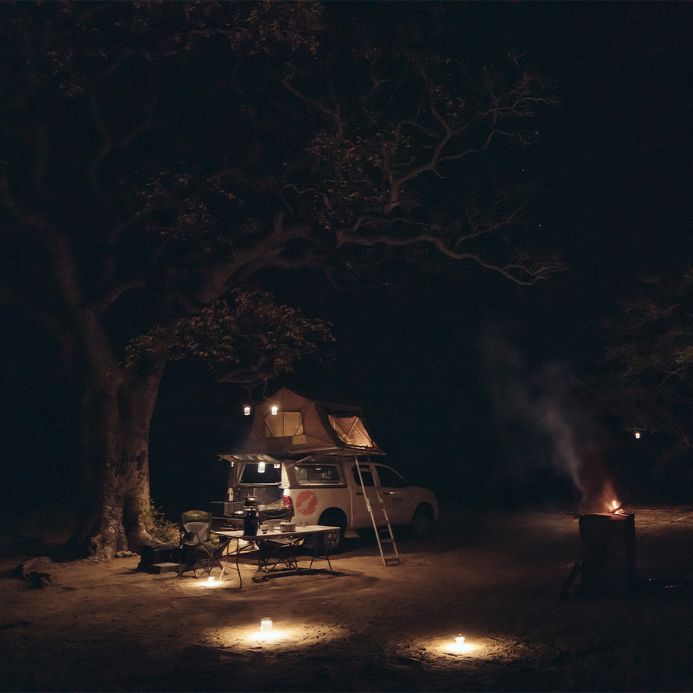 Sonnenglas camping foto pickup truck offroad 4x4 camper adventure truck Solarglas