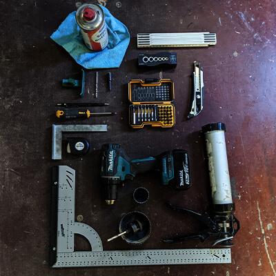 Adventure Truck Rohrdachs Nachschlagewerk Materialliste Werkzeuge DIY How to duschwanne